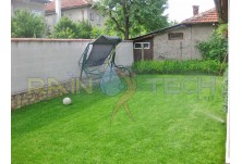 Частна градина гр.Силистра. Поливна система RAIN BIRD. Проектиране и изграждане - Рейнтех ООД гр. Варна